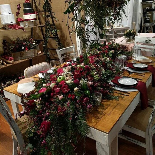 Burgandy Bridal table Flowers