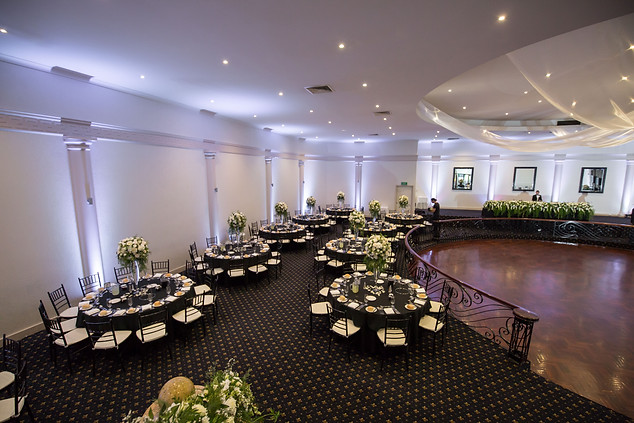 Large Bridal Table Flowers Melbourne