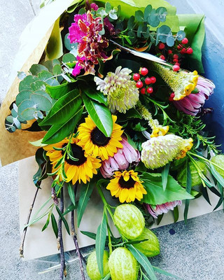 Bright flower delivery Melbourne