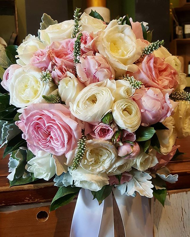 Pink and White Wedding Bouquets Melbourne