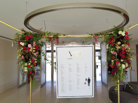Burgandy Weddings in Melbourne - When you want some bright colour for your Wedding in Melbourne