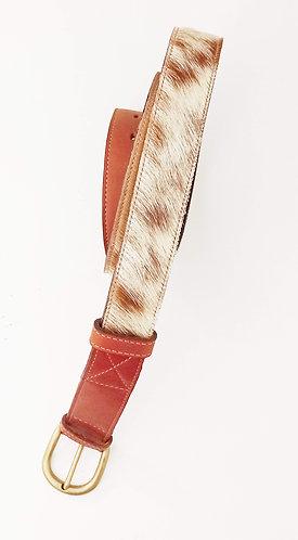 Cinturón cuero y piel cabra pelo.