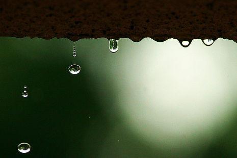 雨だれ.jpg