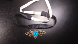 Dragon eye Choker