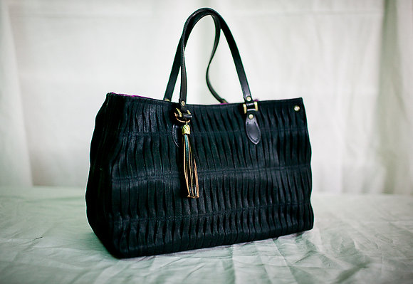 square abaca balud in black