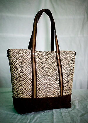 medium banig tote in dark brown