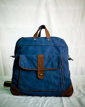 filipiNomad rucksack in distressed blue and brown