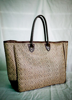 oversized banig tote in brown