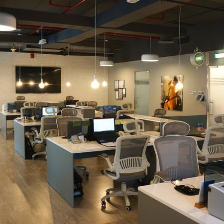 ShahAziz Open Working Office Area , Smart heights.