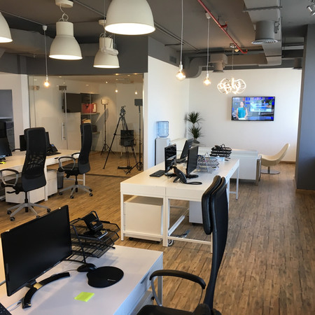 Finsbury Dubai Open Working Office area
