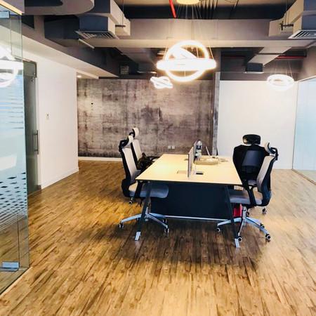 Botho Group Open Working Office Area, Du