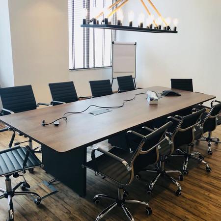 Hogarth Dubai Boardroom Table