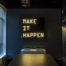 Bespoke sign in Digital Marketing company in Dubai