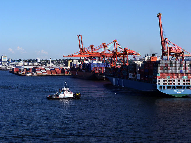 Vancouver's_container_port_-_A.jpg