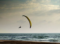 paraglider-almost-yellow2.jpg