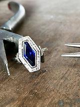 Bague Art Déco saphir et diamants, par Capucine de Laage