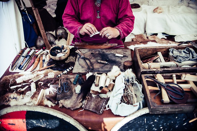 crafter-traditional-fur-and-leather-working