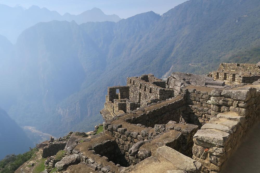 inca-culture-peruvian-ruins
