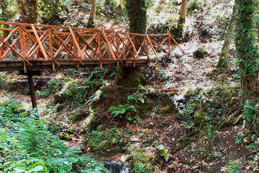 karpenisi-wooden-trestle-bridge