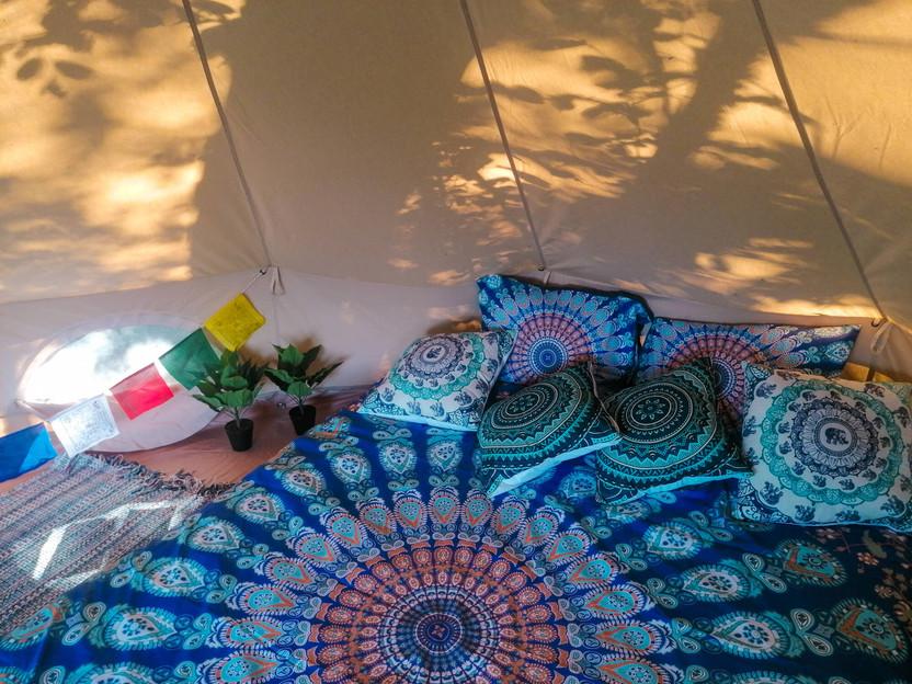 Bohostay - palapinės interjeras