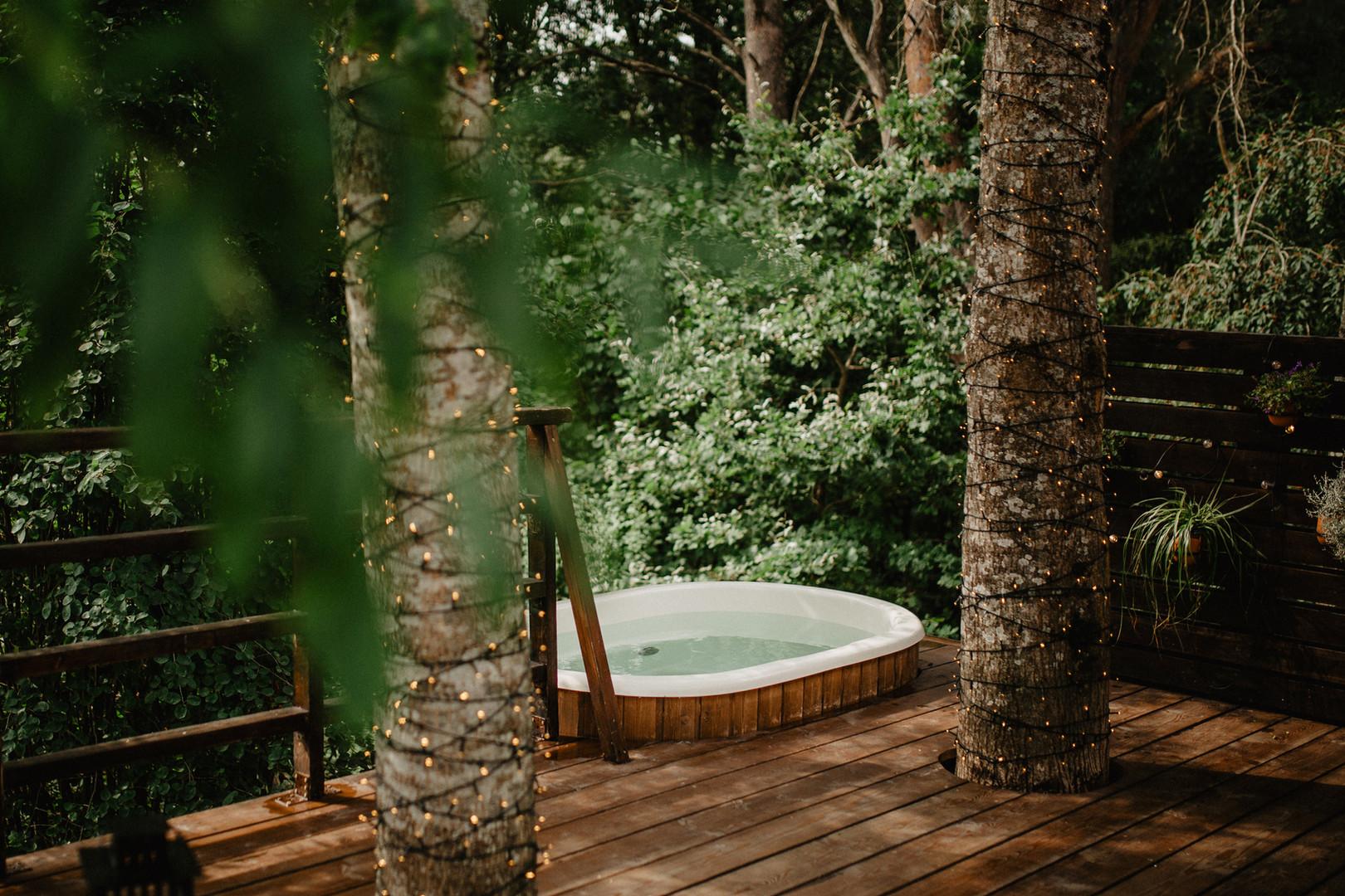 Atokampio pietinis namelis - ofūro vonia