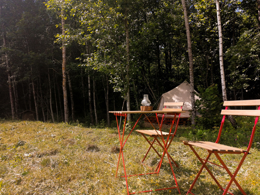 Bohostay - lauko baldai