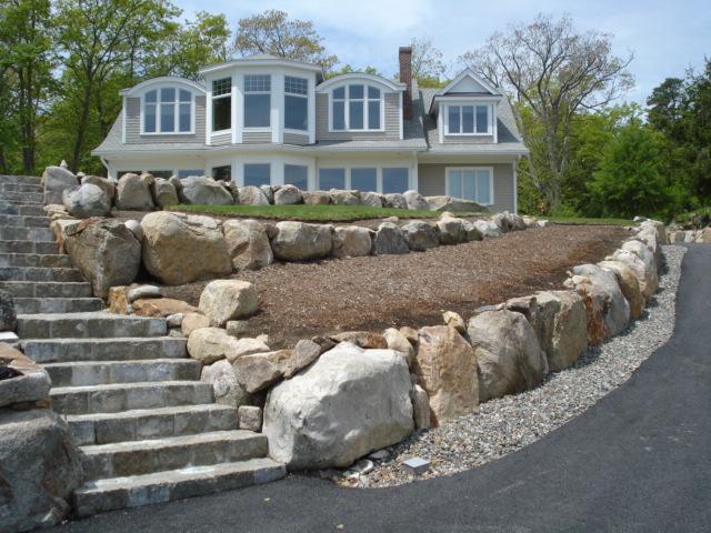 Natural Rock Retaining Wall