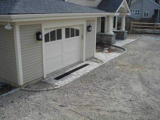 Cobblestone Garage Apron