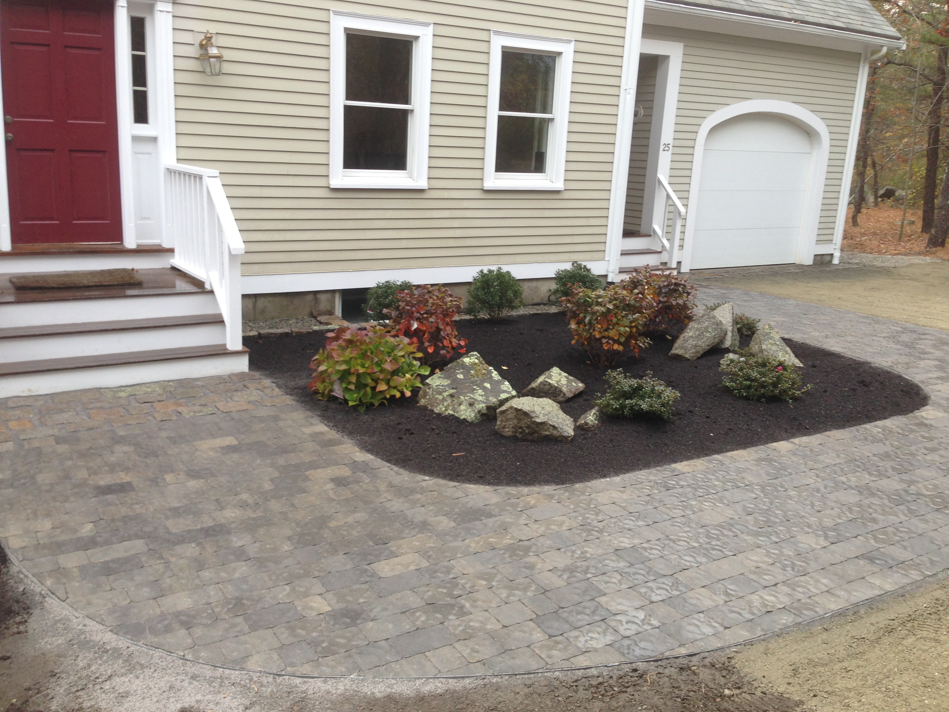Foundation/Walkway Planting Bed
