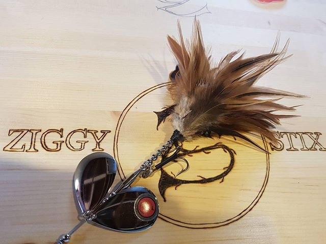 The Ziggy Stix Hackla. Premium saddle hackle throughout. .062 stainless wire and magnum deep cupped