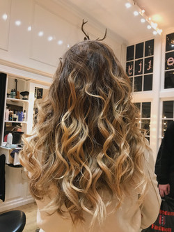blow dry / styling