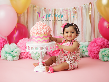 Baby Joanna's Cake Smash Session ~ Maryland, DC, VA Photographer