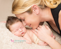 Newborn photographer, baby photographer, newborn, boy, infant, newborn posing ideas, army, cream blanket, tushy up pose, mohawk, mom , cream wrap