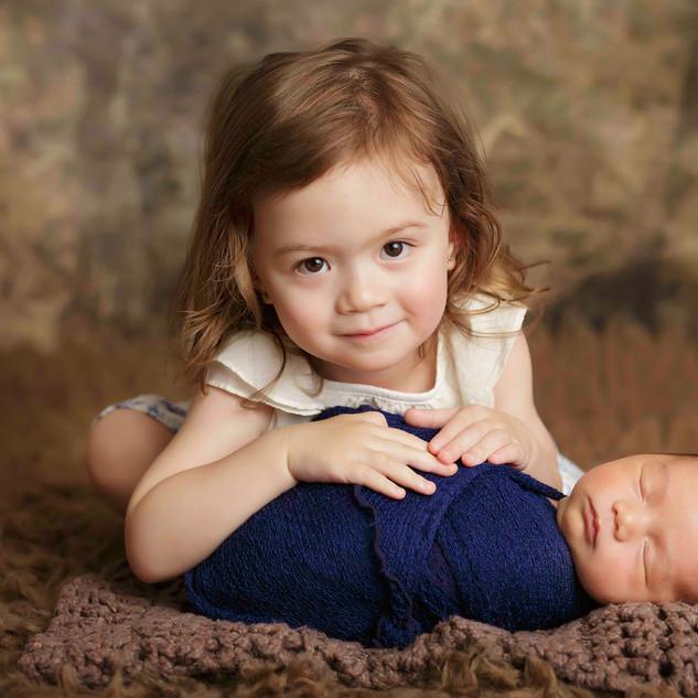 35A5302 siblings newborn boy sister.jpg