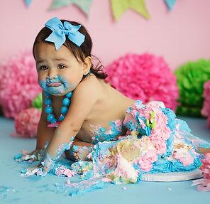 IMG_2966 girl cake smash.jpg