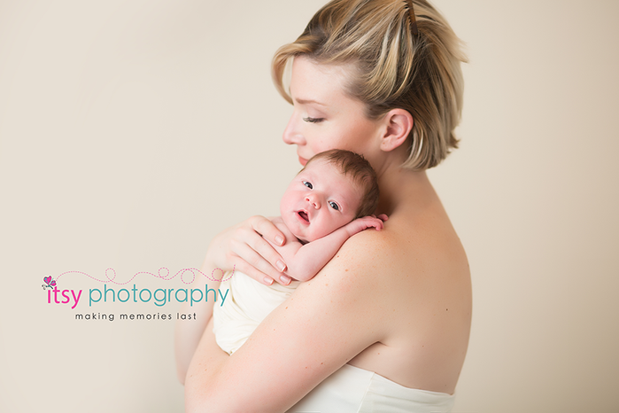 Newborn photographer, baby photography, infant photography, newborn girl, cream backdrop, mom and baby, white wrap