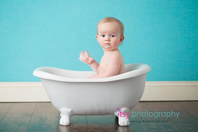 Baby Photographer, bathtub, bath time,  bubbles, blue backdrop, dc photographer