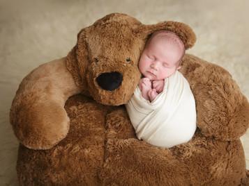 Newborn photographer, baby photography, infant photography, newborn boy, cream wrap, newborn posing ideas, black and white, white flokati, teddy bear