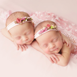 IMG_0308 twin girls.jpg