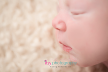 Newborn photographer, baby photography, infant photography, newborn girl, white blankets, newborn posing ideas, macro shot, details, nose, lips