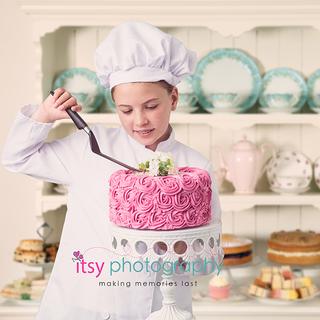 Abigail the Baker Cake.png