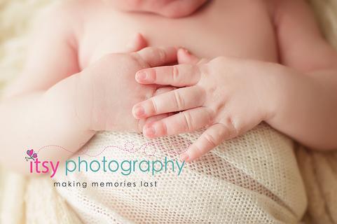 Newborn photographer, baby photography, infant photography, newborn boy, cream wrap, baby wrapping, cream flokati, white backdrop,  hands, fingers