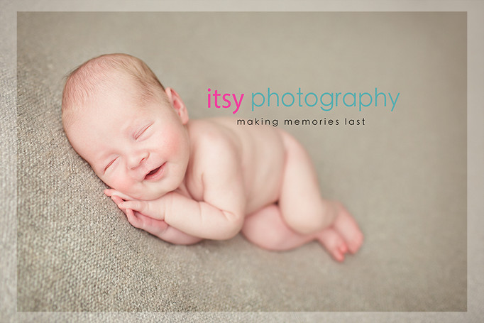 Newborn photographer, baby photography, infant photography, newborn boy, baby wrapping, newborn posing ideas, cream backdrop, smile