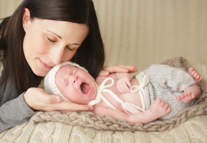 Newborn photographer, baby photography, infant photography, newborn boy, cream backdrop, newborn posing ideas, mom