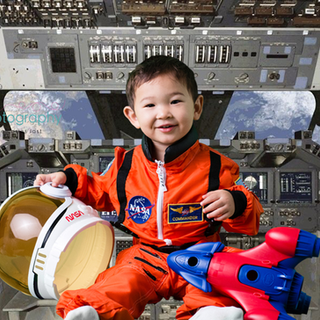inside the space shuttle.png