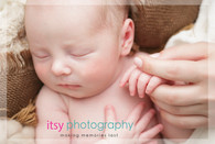 Newborn photographer, baby photography, infant photography, newborn boy, baby wrapping, newborn posing ideas, mom and baby, burlap, white backdrop