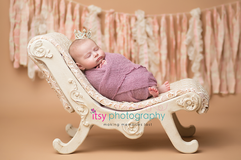 Newborn photographer, baby photography, infant photography, newborn girl, newborn posing ideas, baby wrapping, props, crown, purple baby wrap
