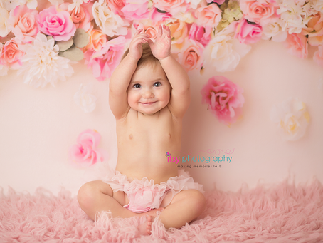 Baby Cassidy Cake Smash~ DC, VA, MD Newborn Baby Family Photographer