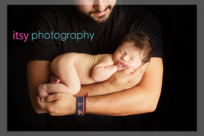 Newborn photographer, baby photography, infant photography, newborn boy, , new born posing ideas, daddys arms, dads arms, black backdrop