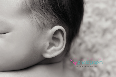 Newborn photographer, baby photography, infant photography, newborn boy, black and white, macro, baby ear, newborn ear, tiny ear, newborn posing ideas, baby wrapping,